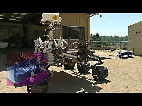 NASA's Curiosity Mars rover up close – BBC Click